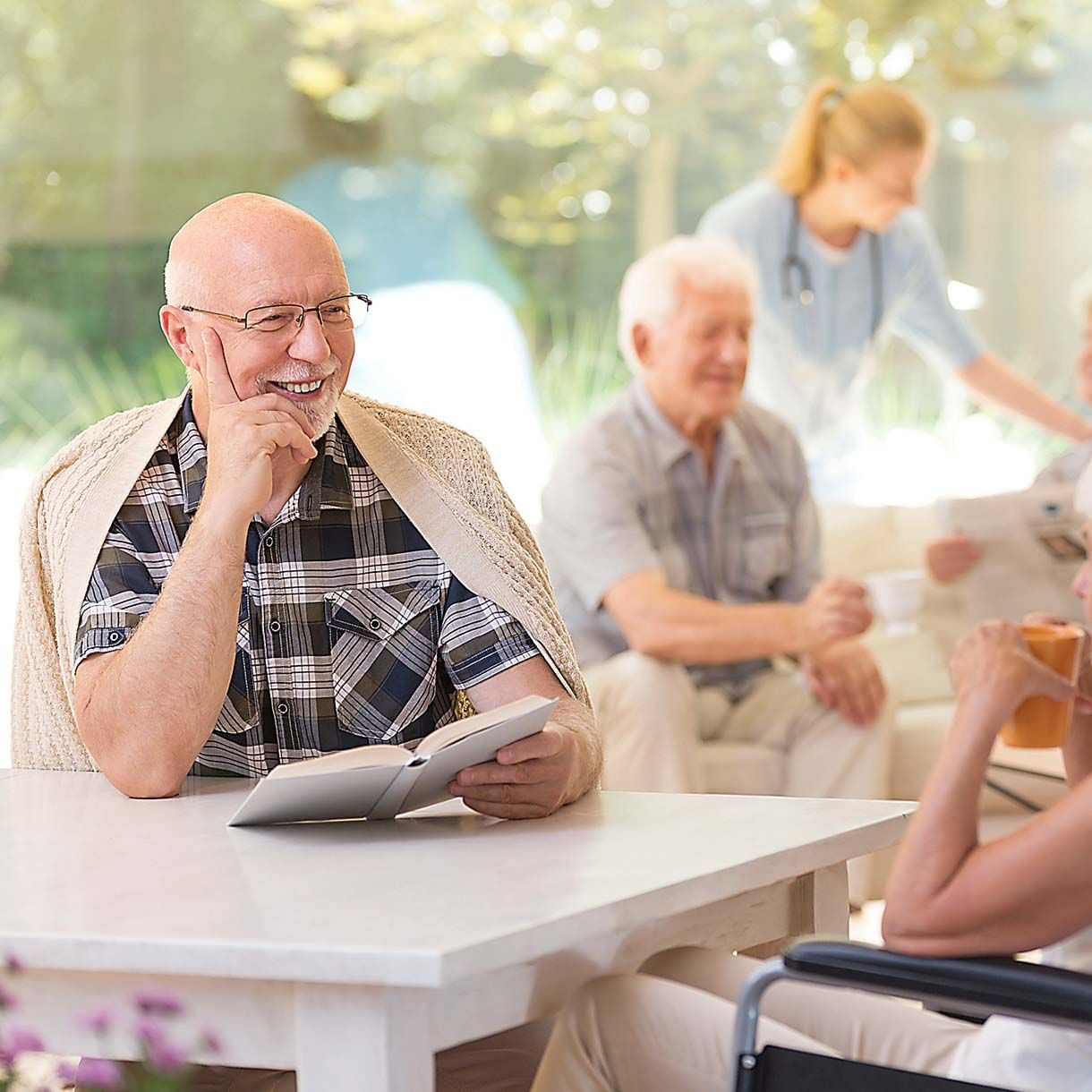 Senior Living Advisors helps seniors and their families.